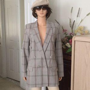 NWOT...CAbi double breasted plaid blazer